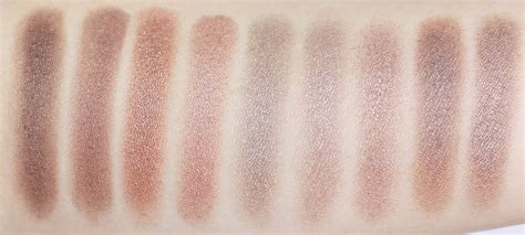 theNotice - The slippery slope of taupe | eyeshadow photos