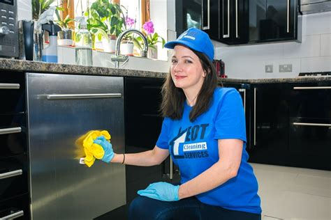Cleaners in Tottenham for End of Tenancy cleaning - Best