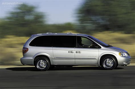 CHRYSLER Town & Country specs - 2000, 2001, 2002, 2003